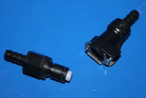 Schnellverschluss für 6mm Benzinschlauch