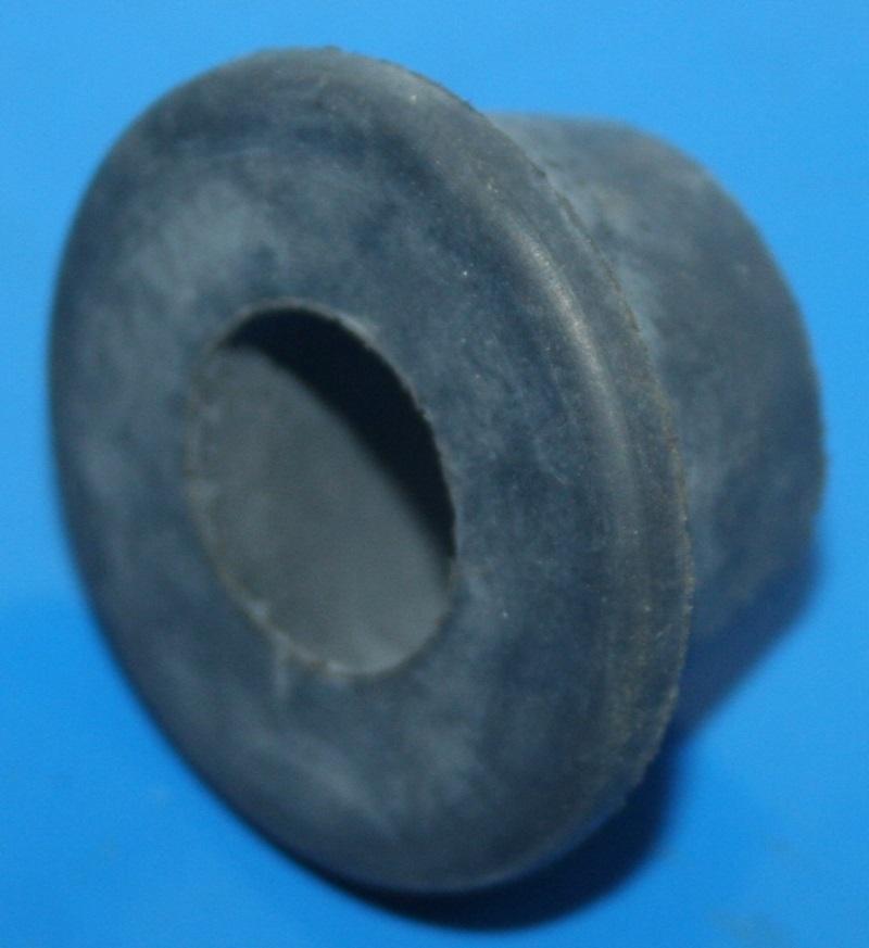 Gummilager innen Fußrastenplatte K100 -86