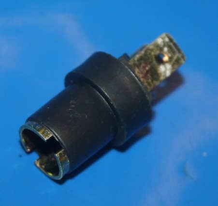 Lampenfassung BA9S Isoliert f.Instr.Bel.