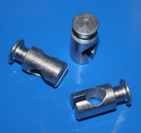 Nippel Bremzug Trommelbremse vorn /5 R50-R69S