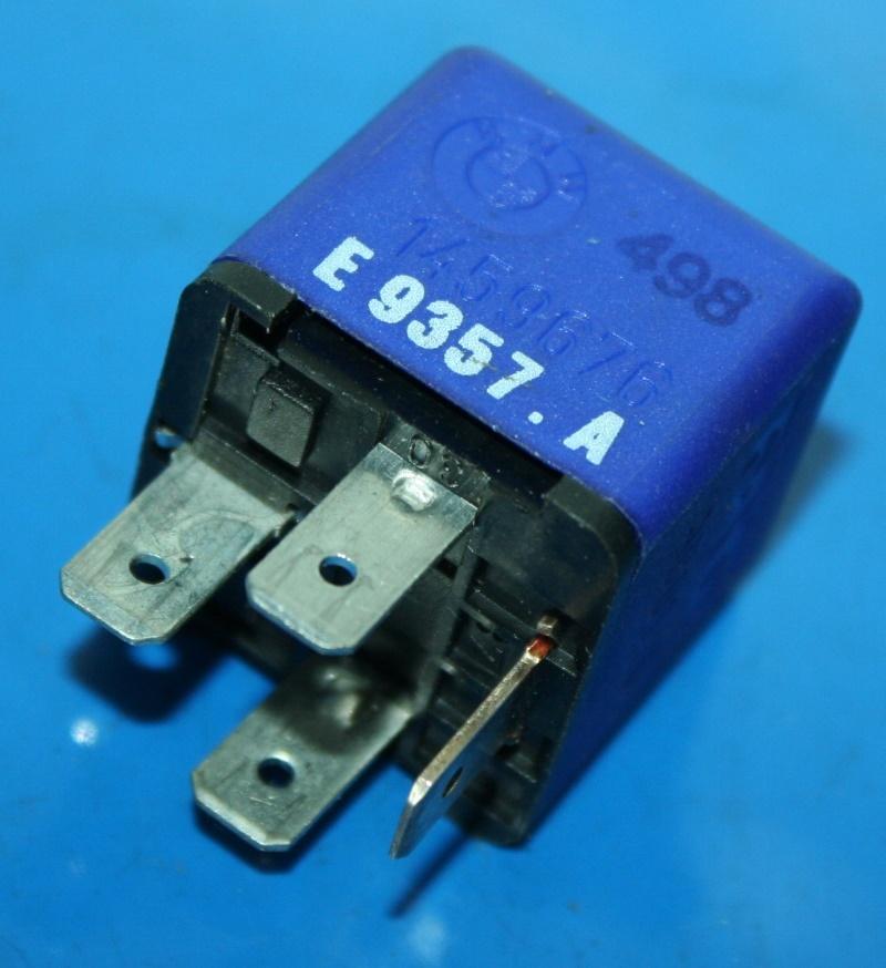 Relais K75 K100 K1100 ABS 1 Sicherheit blau 4pol. -7/93