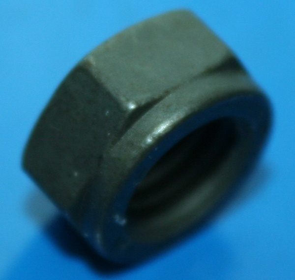 Zylinderkopfmutter SW15 9/75- Kipphebelbock +R1100/1150