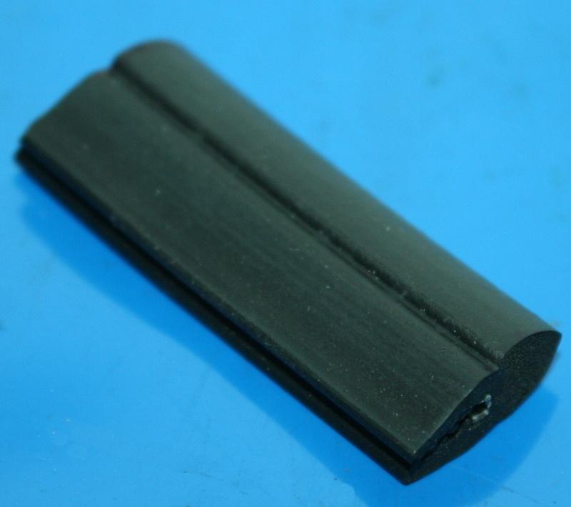 Dichtung Abdeckung R1100RT hinten sw 9/96- R1150RT 40mm