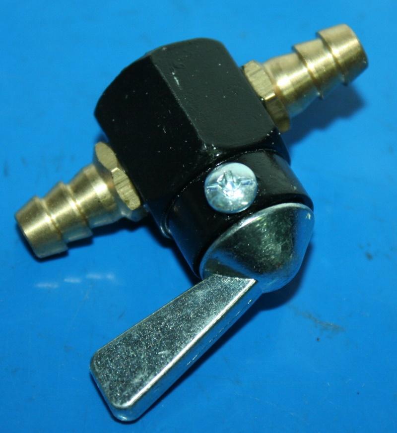 Durchgangs-Benzinhahn 8mm Schlauchanschluss f.6+8mm Schlauch