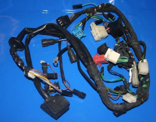 Kabel, Kabelbäume und Schalter Neuteile