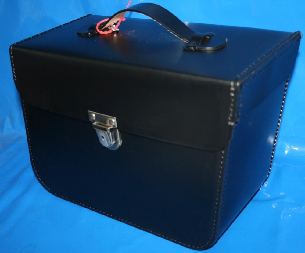 Lederpacktasche /5-84 rechts Behörde für Kofferhalter