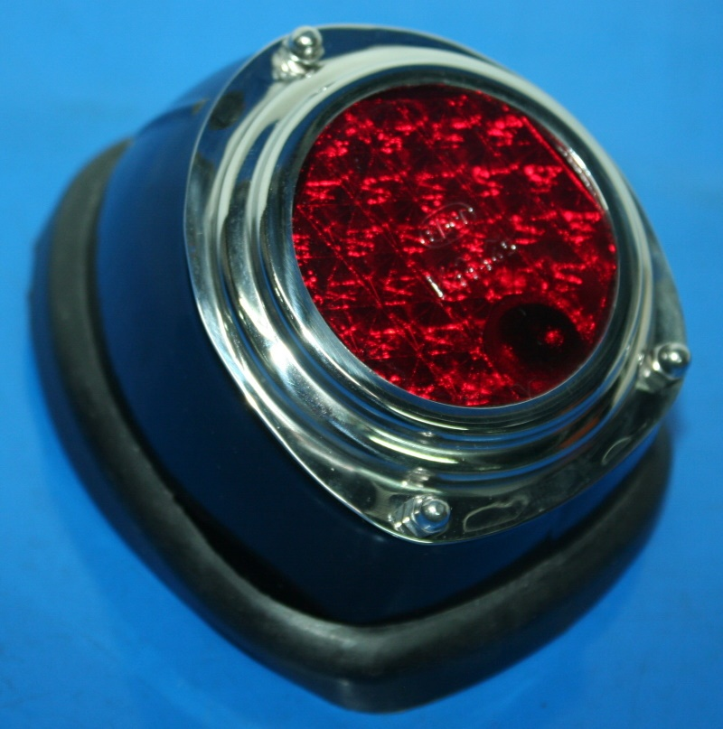 Rücklicht Kotflügel hint. LS200-S500+TR500 Steib rot
