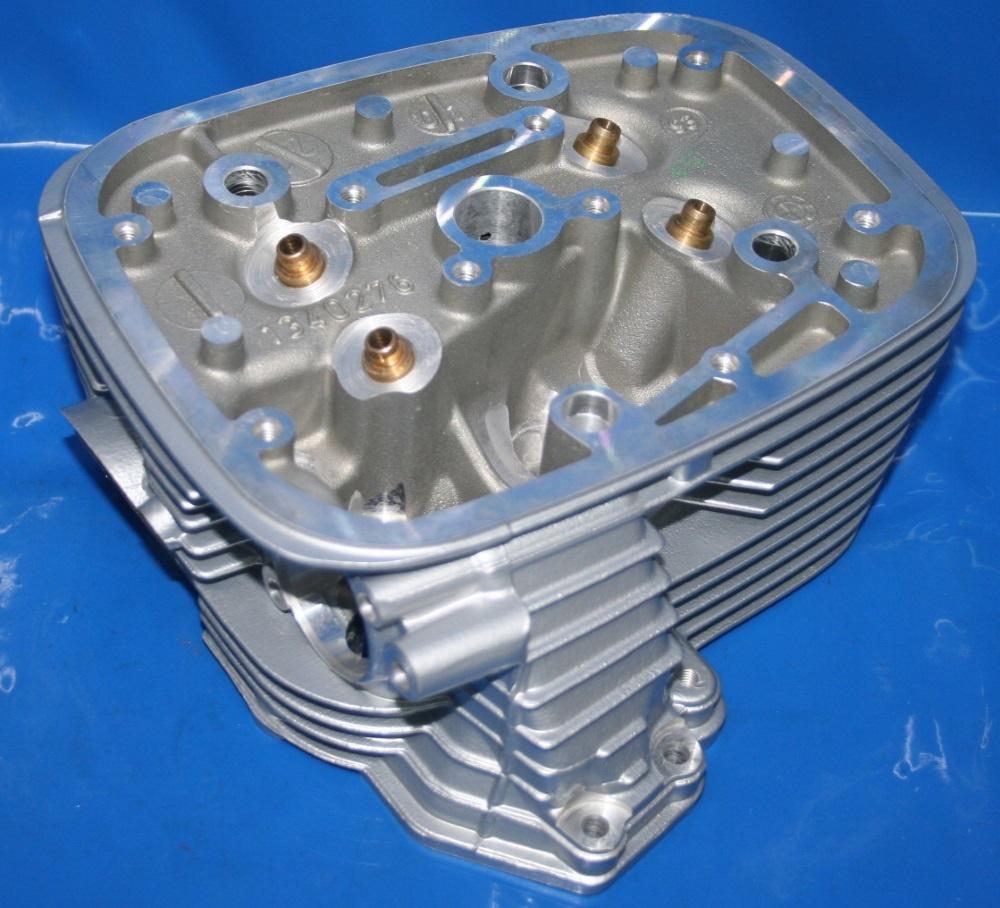 Zylinderkopf R1100 re.10 Rippen -4/94 6mm Ventile