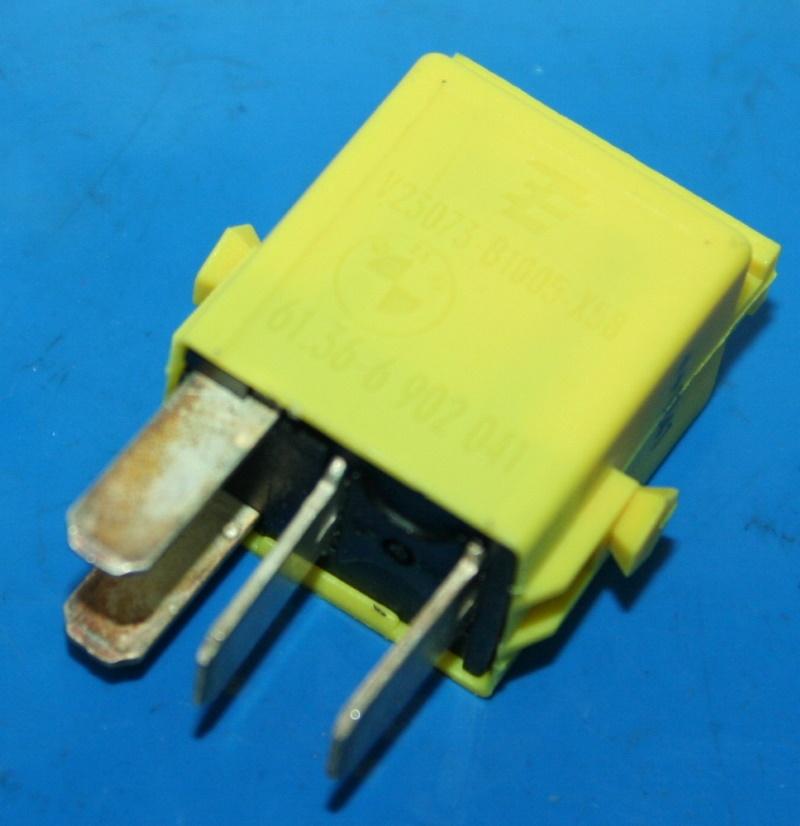Relais Schliesser gelb R850/1100/1150/1200 zb. Hupe